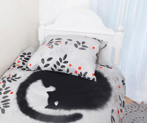 Serie Schwarze Katzen und Beeren